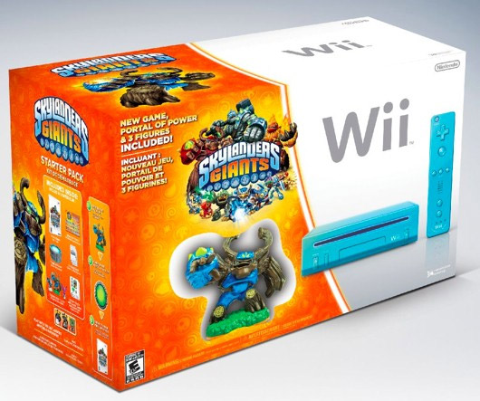 Nintendo Wii Blue Console with Skylanders Giants Starter Pack